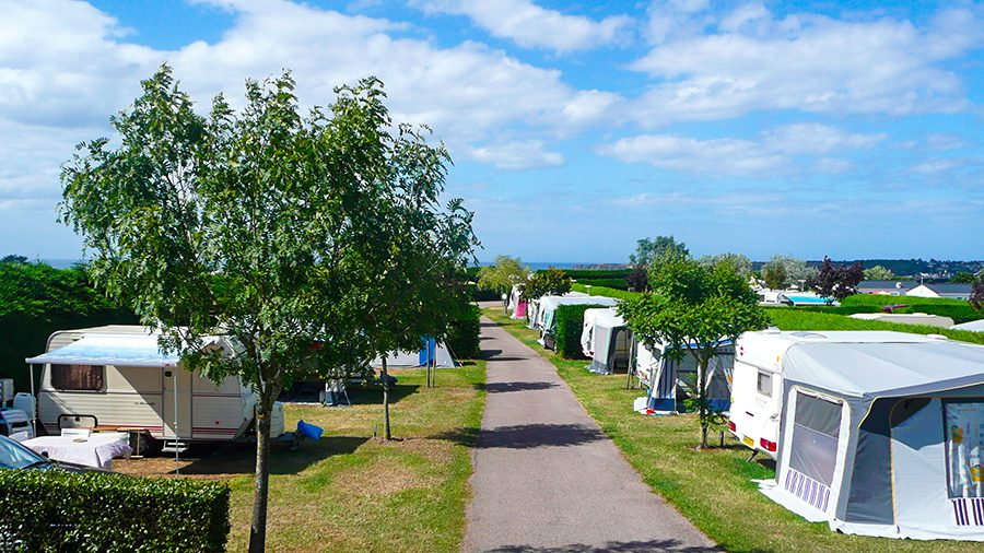 camping les roches emplacement camping camping car cotes d'armor