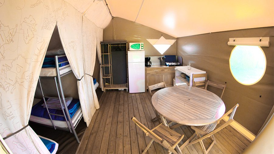 camping les roches location tente meublee cotes d'armor
